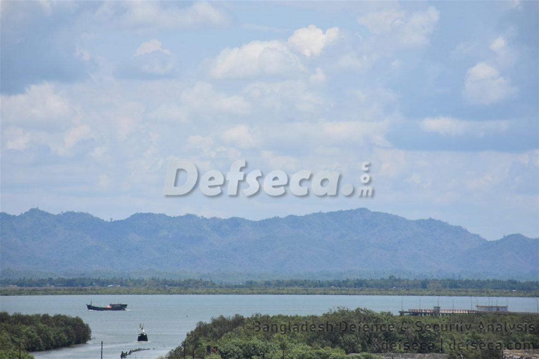 Myanmar deploys Army troops on Bangladesh border